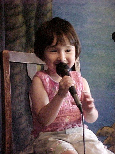 children learn to sing-yugenroFromFlickr