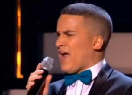 "Jahmene Douglas sings ""I say a little prayer"" by Aretha Franklin in X Factor live"